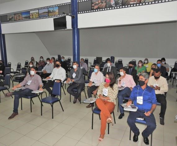 União de Vereadores e Câmaras do Maranhão e Famem realizam capacitação para parlamentares