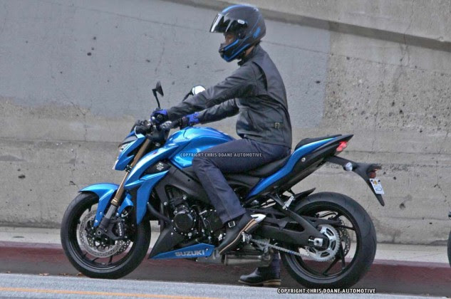 081114-2015-suzuki-gsx-s1000-spy-photos-12