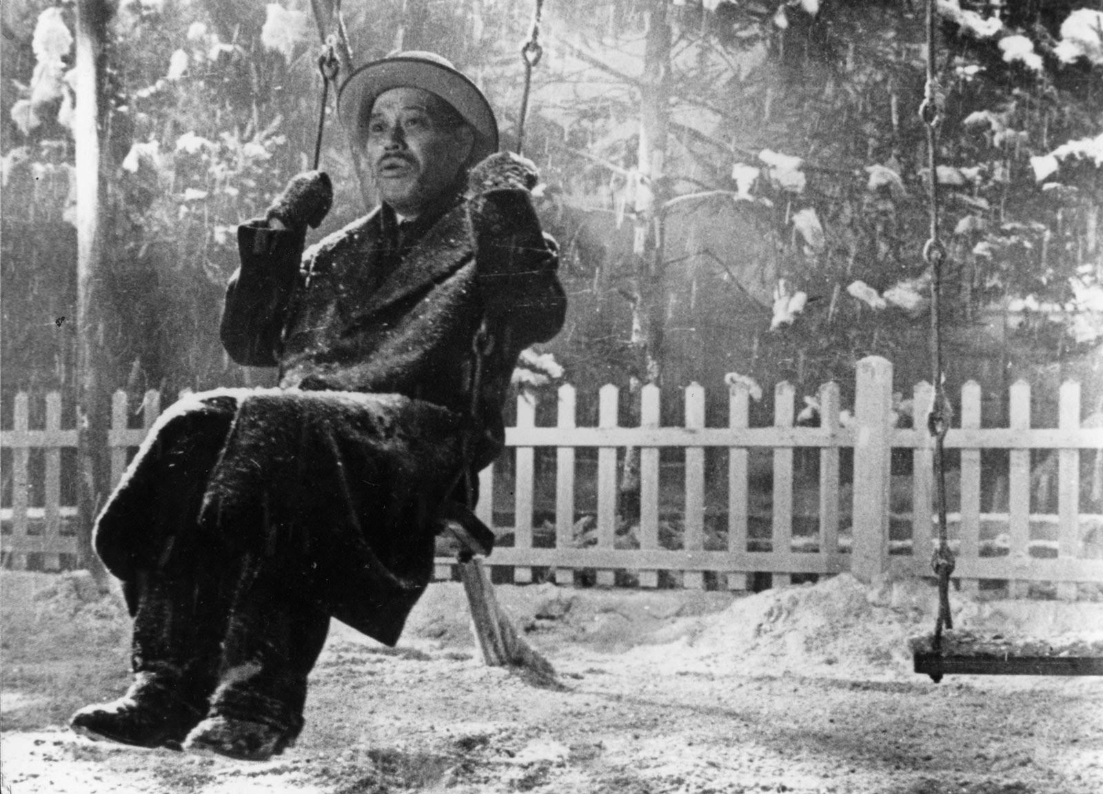 Takashi Shimura as Kanji Watanabe in Akira Kurosawa's Ikiru, 1952