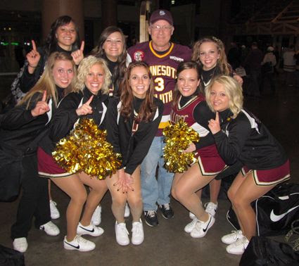 Minnesota Duluth Cheerleaders