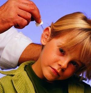 Камфорное масло - доступное средство для красоты волос и лица, здоровья взрослых и детей.