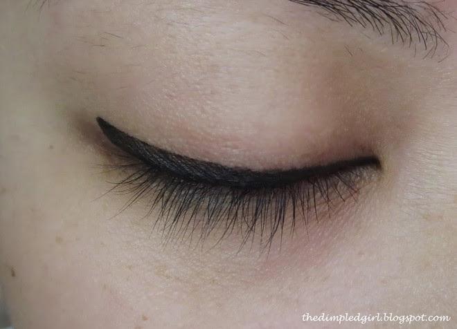 7 cây bút kẻ mắt giá chưa đến 200 nghìn mà vẫn giúp bạn có được đường eyeliner sắc sảo - Ảnh 9.