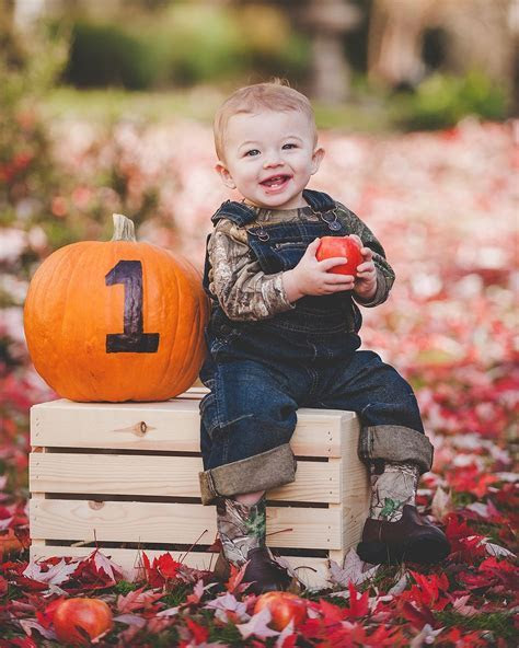 One Year Old   Fall Portrait   Baby Photos   Apple