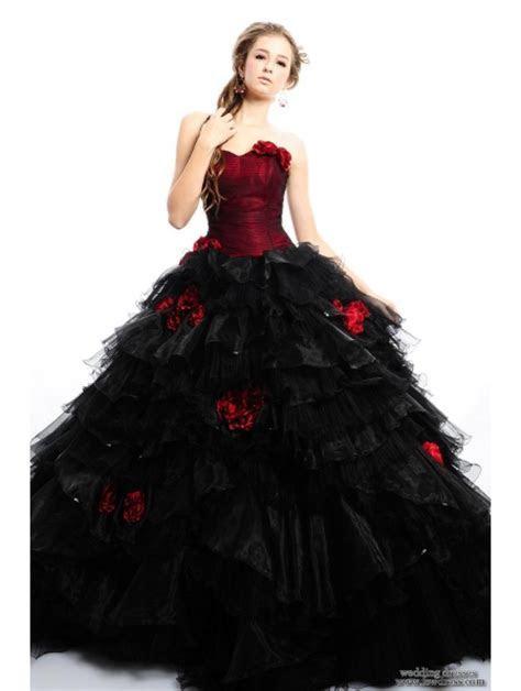Pop Alternative Dresses: Gothic Inspiration on Your