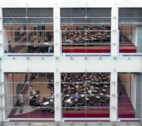 Aula de la Universidad Pompeu Fabra, en el campus de la Ciutadella, en Barcelona.
