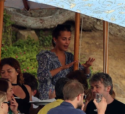 ALICIA VIKANDER Wear Wedding Rings After Reportedly