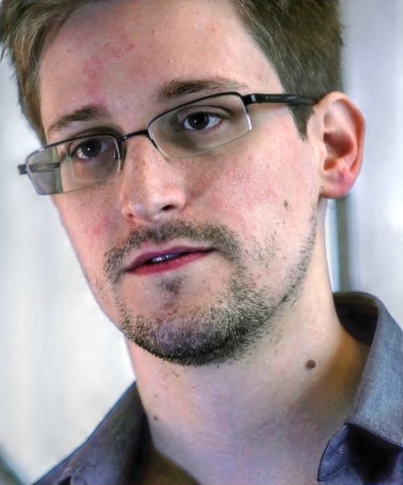 Snowden during interview with Glenn Greenwald and Laura Poitras (June 6, 2013).