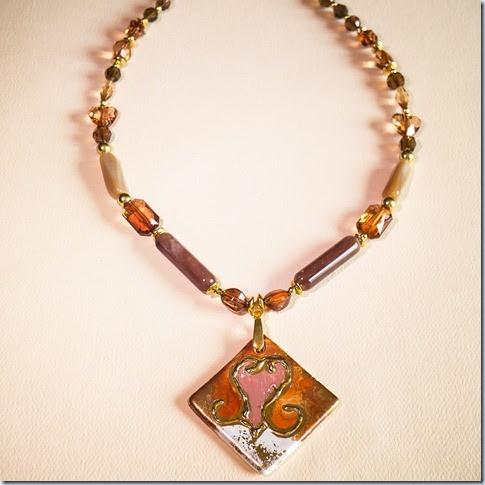 zlata ogrlica