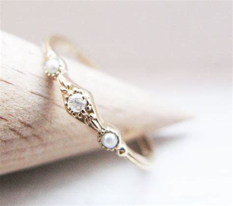 Antique Style Sweet Diamond and Cultured by