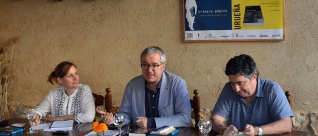 Alfonso Armada junto a Tamara Crespo y C. García