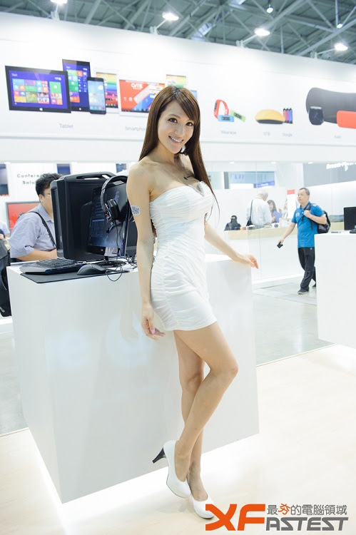Booth Babes Computex 2014 (43)