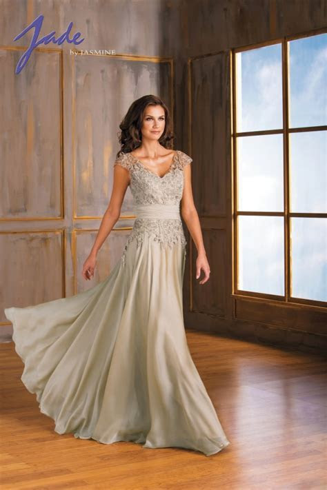 Mother of the bride dresses beach wedding looks   B2B Fashion