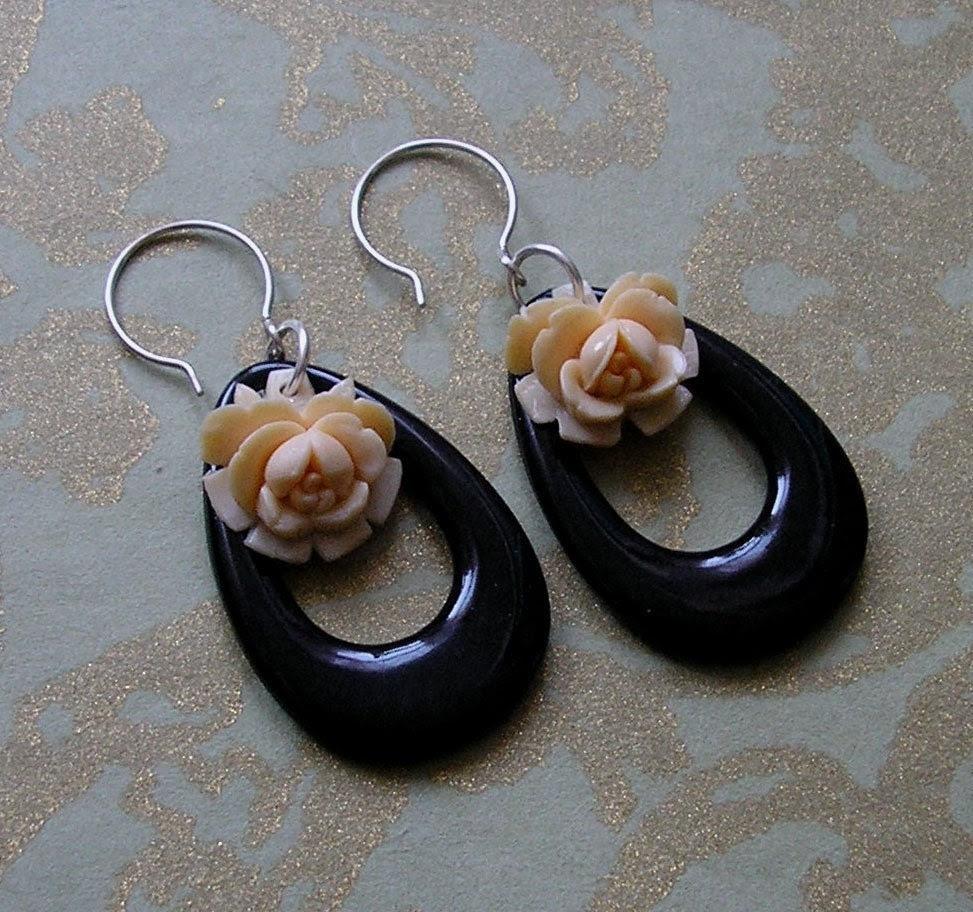Evoke Vintage Rose with Black Loop Earrings