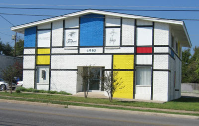 Fachada Piet Mondrian em Austin-USA