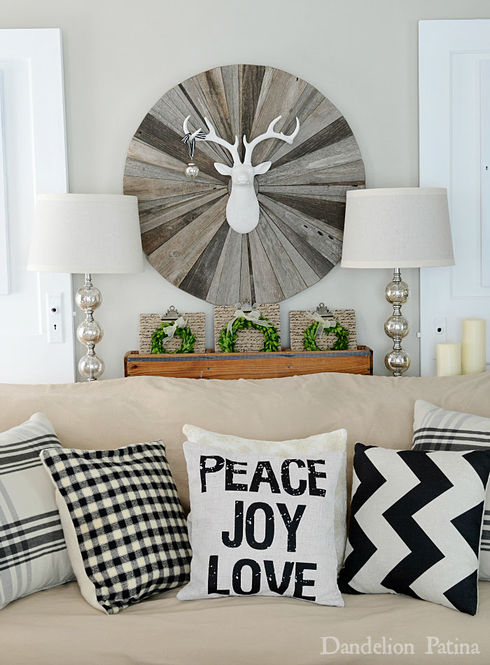 Happy-Holidays-Home-tour-living-room-Dandelion-Patina-blog
