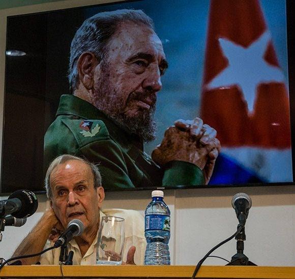Conferencia del Dr. Ricardo Alarcón de Quesada, durante la inauguración del Taller ¨Pensamiento y obra de Fidel Castro Ruz sobre la política exterior de la Revolución Cubana, vigencia y proyección¨, en el Centro de Investigaciones de Política Internacional (CIPI), en La Habana, el 13 de julio de 2016. ACN FOTO/Marcelino VAZQUEZ HERNANDEZ/sdl