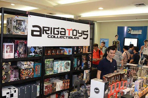 day 1 - 12th toycon philippines 2013 photos by dan castro
