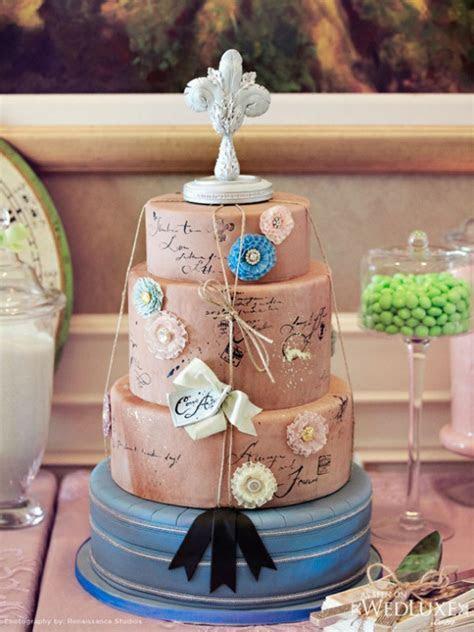 36 Beautiful Travel Themed Wedding Cakes   Weddingomania