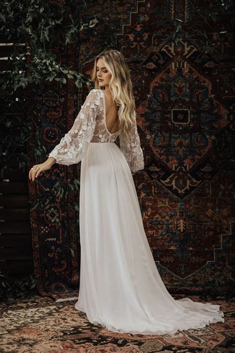 3D Lace and Silk Chiffon Wedding Dress   Dreamers and Lovers