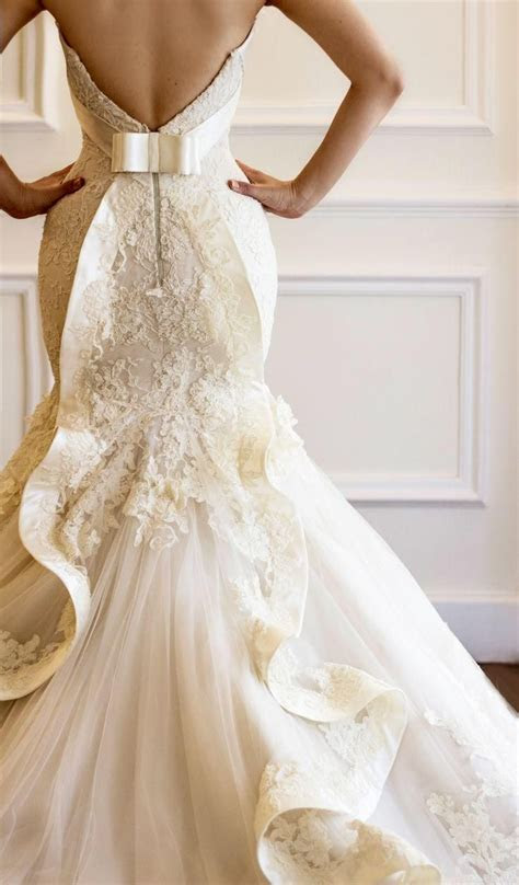 25  Best Ideas about Unique Wedding Dress on Pinterest