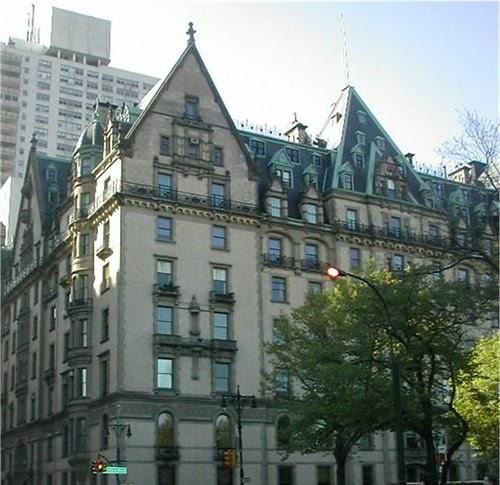 New York City Apartment Streets: The Dakota - 1 West 72nd Street