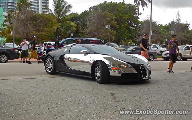 Bugatti Veyron spotted in Miami Beach, Florida on 06/12/2014