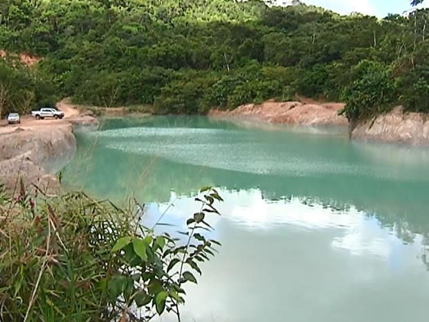 Lagoa fica localizada no bairro Amparo (Foto: Reprodução/ TV Tapajós)