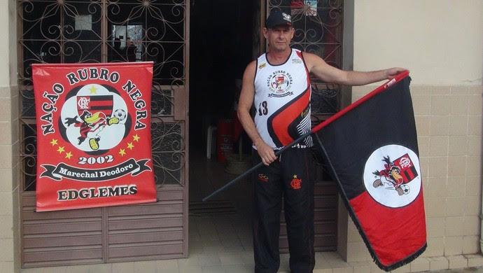 Edglemes garante que está tudo pronto para o desfile do Nação Rubro-Negra (Foto: Denison Roma / GloboEsporte.com)