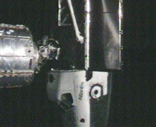 Atlantis acoplado a la ISS