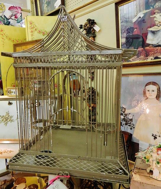 Regency style bird cage via homeologymodernvintage.com