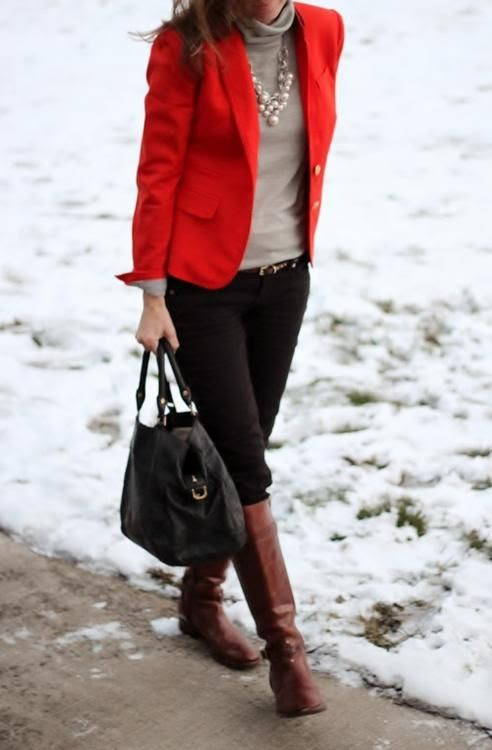 Great casual yet dressy outfit for fall with red blazer | Friday Favorites at www.andersonandgrant.com