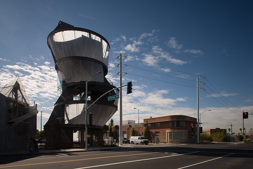 Eric Owen Moss, Samitaur Tower, Culver City, 2011