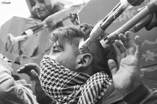 Vida de protestas by Alejandro Bonilla