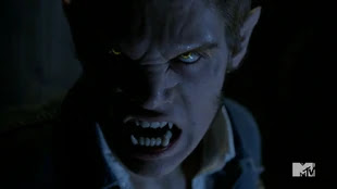 Teen Wolf Season 4 Episode 4 The Benefactor Liam werewolf detail