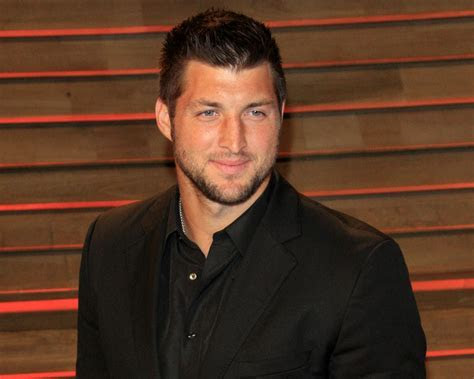 "Tim Tebow ""Can't Wait"" to Marry ""the Right Woman"""