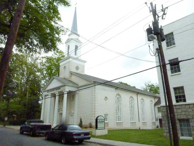 P1090868-2011-04-15-Hapeville-1st-Baptist-Church-Sanctuary