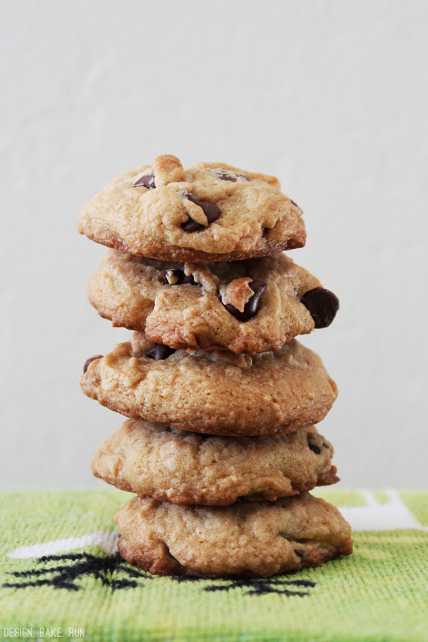 12 Days of Christmas Baking - Day 1: Soft Chocolate Chip Cookies via design. bake. run.