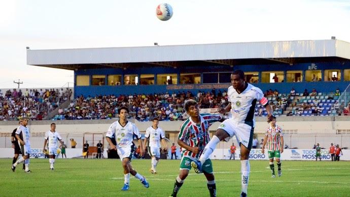 Baraúnas e Assu empataram sem gols no Estádio Nogueirão, em Mossoró (Foto: Wilson Moreno/Gazeta do Oeste)