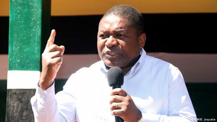 Resultado de imagem para Ser do partido de oposição significa o uqê mesmo Moçambique?