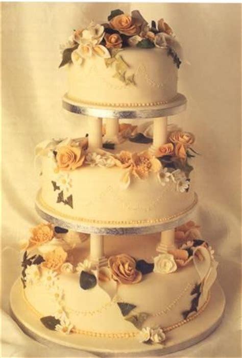 Tiered Wedding Cake   A Chefs Help