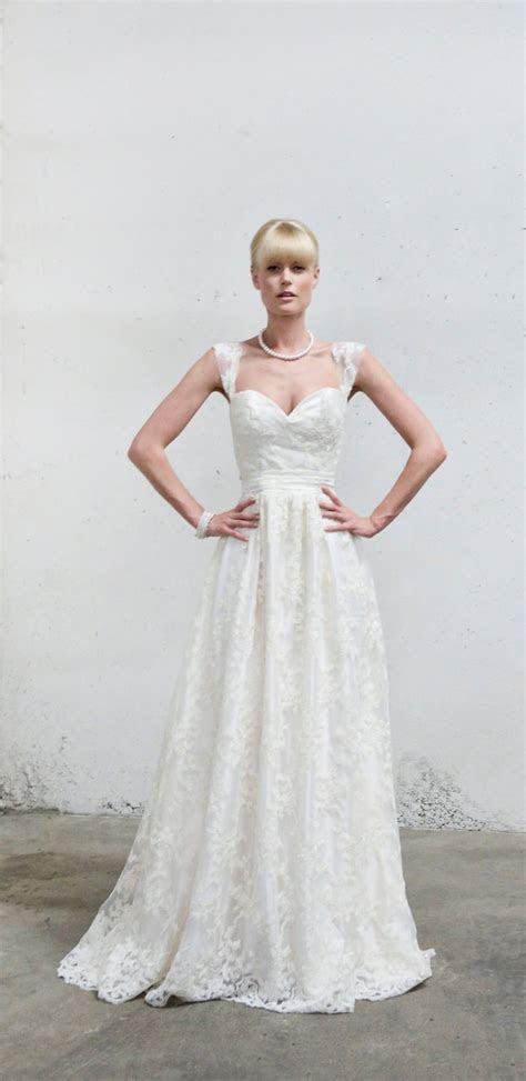 20 Wonderful Flowy Wedding Dresses Ideas   Wohh Wedding