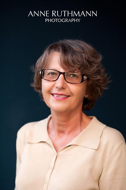 Marta Sinclair - Author Headshot