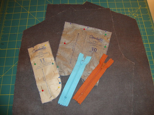 Facing my fears part 2.5: cutting out the pieces for the fly front zipper