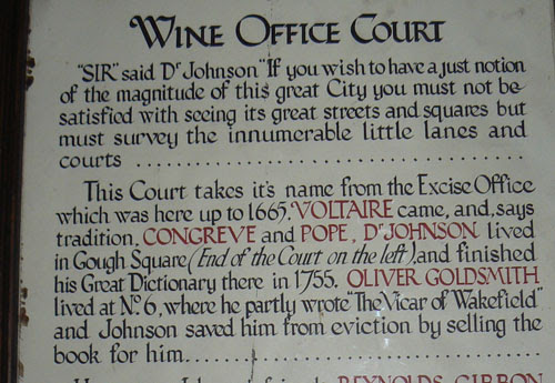 wine office court et Voltaire.jpg