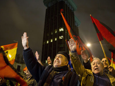 Cientos de ultra derechistas homenajean a Primo de Rivera en Madrid. EFE