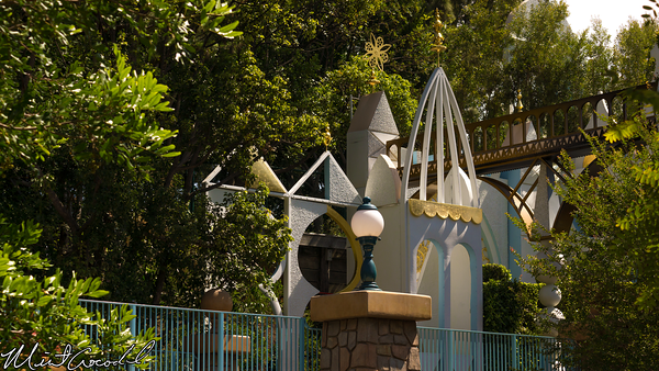 Disneyland Resort, Disneyland, Fantasyland, it's a small world, Small, World, Facade