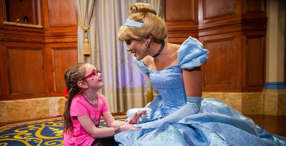 A 6-year-old girl's Cinderella story comes true at Walt ...