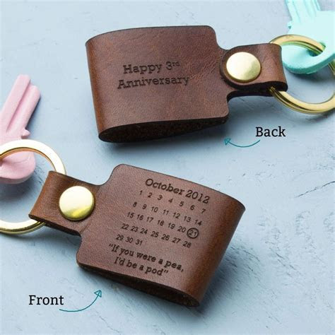 Best 25  Leather keyring ideas on Pinterest   Leather