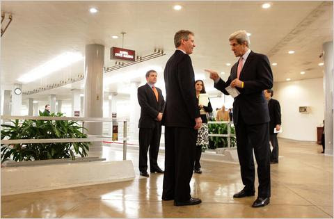 Kerry tells Brown what to do