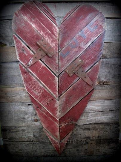 Pallet Wood Heart diy